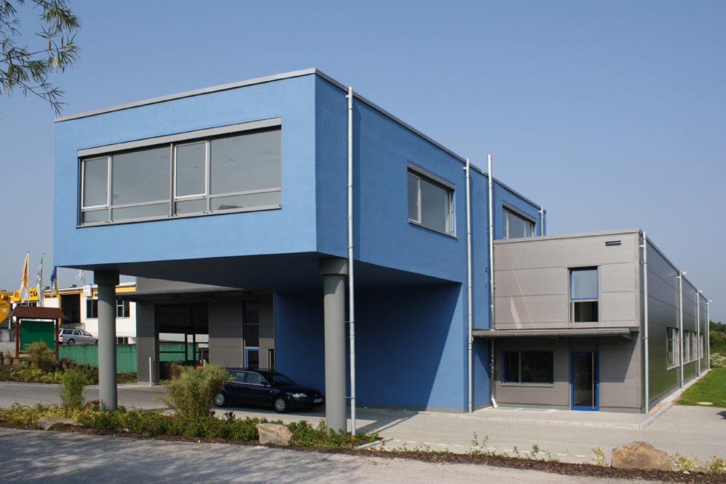 Neubau Halle Miguss 1