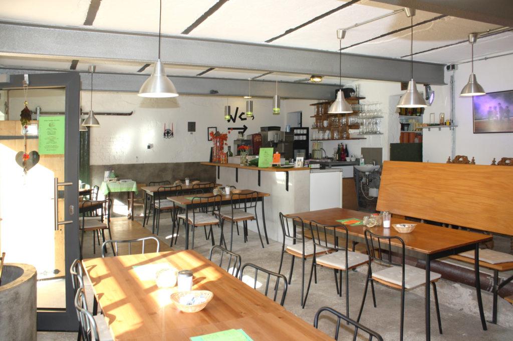 Umbau Stall zu Bauerncafé 4